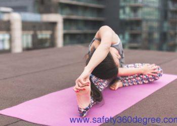 10-Best-Yoga-Mat-For-Sweaty-Hands